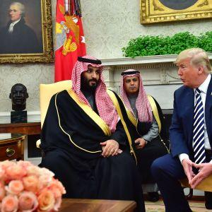 Mohammad bin Salman på besök i Vita huset i mars 2018.