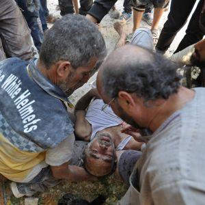 Syrier utsatta för flygräd i provinsen Idlib 20.8.2019