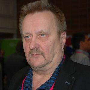 Ilpo Haaja från Helsingfors är aktiv inom Vänsterförbundet.