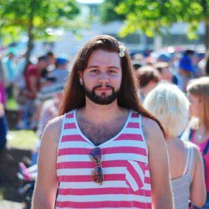 Jonas Gladnikoff på Åland Pride
