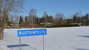 Skylten Ruotsinpelto i Virmo.