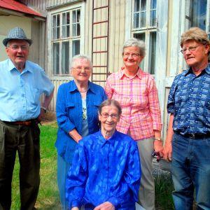Stig Westerberg, Berit Nylund, Kajsa Sjöblom (sittande), Else-Maj Nylund och Erik Nylund