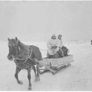 30.1.1940 Huoltokolonna Pyörittäjänkylässä Suis´tamolla.