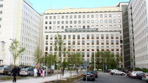 Huvudingången till Norrlands universitetssjukhus