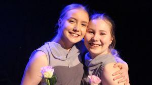 Två kvinnor som heter Aliisa Honkapää och Janni Sievänen.