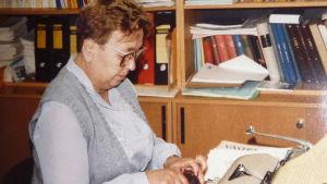 Gurli Nurmi som journalist på tidningen Västra Nyland år 1986