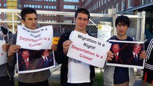 Demonstrerade utanför Migri 8.9.2016