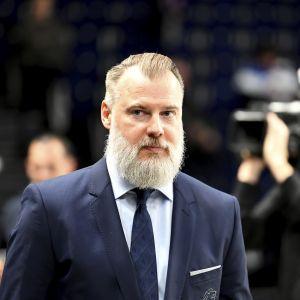 Rikard Grönborg tränar nu ZSC i den schweiziska ligan.