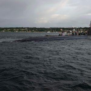 Yhdysvaltain laivaston julkaisema arkistokuva USS Connecticut -ydinsukellusveneestä.