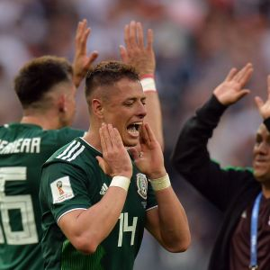 Den mexikanska landslagsspelaren Javier Hernandez är uppspelt efter en vinst mot Tyskland.
