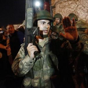 Turkiska soldater i Istanbul.