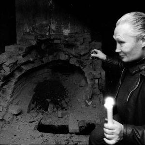 Pentti Saarinen i ugnsmordshuset 1974