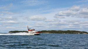 Frivilliga sjöräddningens båt på Erstan.