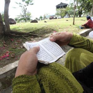 Minnesstund i Aceh i Indonesien.