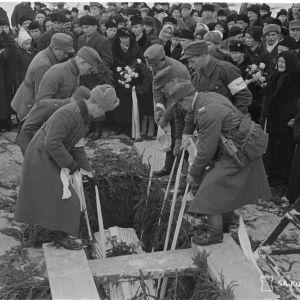 Sankarihautaus Savonlinnassa. 31-12-39.