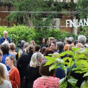 Raija Koli från Frame Finland öppnar Finlands paviljong, biennalen i Venedig 6.5.2015