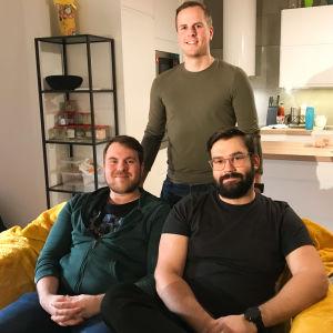 Toni Lahnakoski, Eric Damén och Oskar Högström är medlemmar i bastugänget och de träffas nästan varje fredag för att gå i bastu tillsammans.