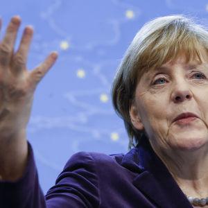 Angela Merkel i Bryssel den 17 december 2015 efter att EU-toppmötets första dag avslutats.