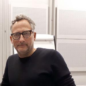 Roland Schimmelpfennig på besök i Helsingfors 2019.