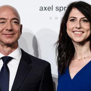 Amazons ägare Jeff Bezos och ex-hustrun MacKenzie Bezos.