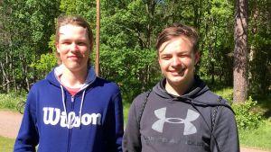 Tuomas Rikkonen och Maximus Wallenius.