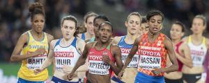Klunga på damernas 1500 meter i VM 2017.