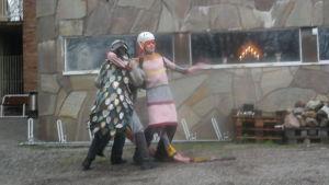 Teaterbouagets julkalender Maskarnas jul spelas upp utomhus