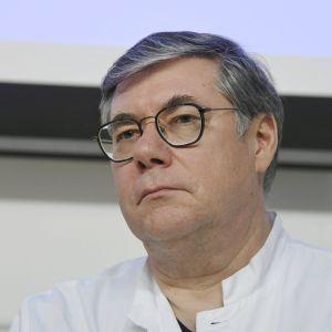 HUS överläkare Asko Järvinen.