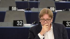 Centerledaren Guy Verhofstadt från Nederländerna i Europaparlamentet i Strasbourg.