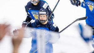 Linda Välimäki avslutar hockeykarriären.