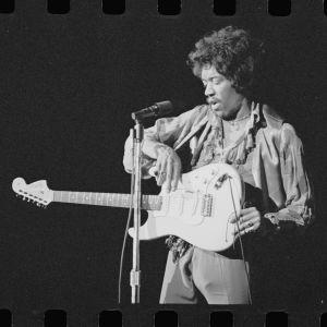 Jimi Hendrix: Hear My Train A-Comin'.