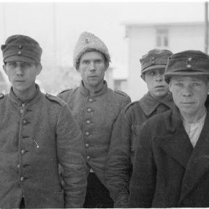 6.1.1940 Vangittuja, uudelleen puettuja ryssiä Rovaniemellä.