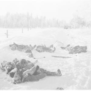 2.2.1940 Pakoon yrittäneitä upseereita Tenholanmäellä Länsi-Lemetissä.
