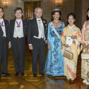 Shuji Nakamura, Kasumi Amano kung Carl Gustaf, drottning Silvia, Kasumi Amano och Yuki Nakamura