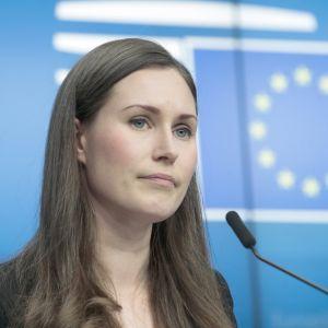 Pääministeri Sanna Marin Brysselissä EU-huippukokouksen toisena päivänä.