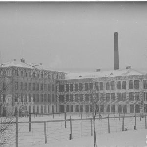 6.3.1940 Jyväskylä, Valtion kivääritehdas, naamiointia.