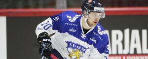 Aleksi Mustonen i Finlands landslagströja.