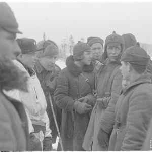 14.3.1940 Kuhmo-Saunajärvi. Suomal. Ja venäl.rauhanteon jälkeen..jpg