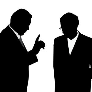 Svartvit illustration av chef som förmanar anställd med fingret i luften. Skuggbilder.