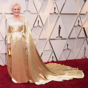 Närbild på Glenn Close på Oscarsgalan 2019.