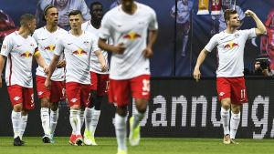 RB Leipzig firar mål.