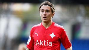 Pekka Sihvola har spelat ligafotboll i HIFK.