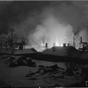 14.1.1940 Ilmapommituksen tuhoja Hangossa.