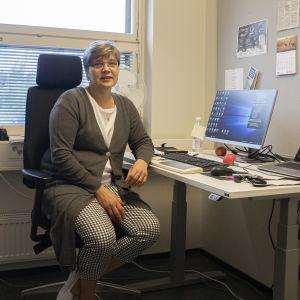 Nuorten oikeusedustaja Sari Suikkanen.