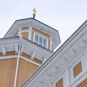 Laukaan kirkon torni