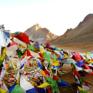 Rukouslippuja Himalajan vuoristossa