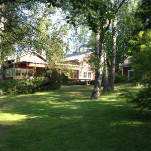 Övik lägergård, sommarmorgon