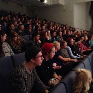 Intresserad publik då finalen i Debattävling 2015 gick av stapeln.