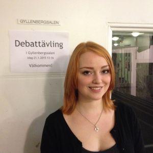 Miranda Eklund deltar i Debattävling 2015.