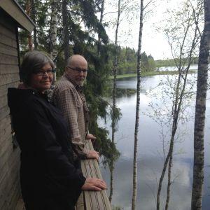 Ulla-Beth Mäki-Jussila och Henrik Wiik.